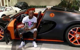 Floyd Mayweather Jr. buys $3.5 million Bugatti in Miami